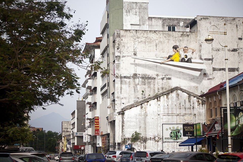 ~ By Ernest Zacharevic ~ Look up in the sky