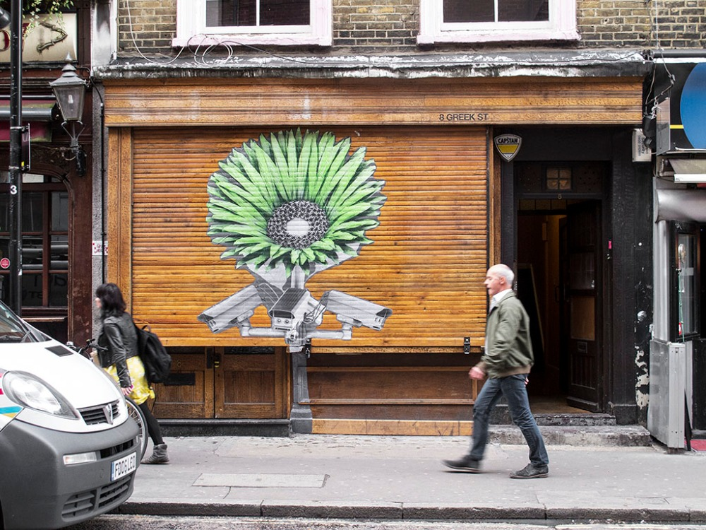 ~ By Ludo ~ in London