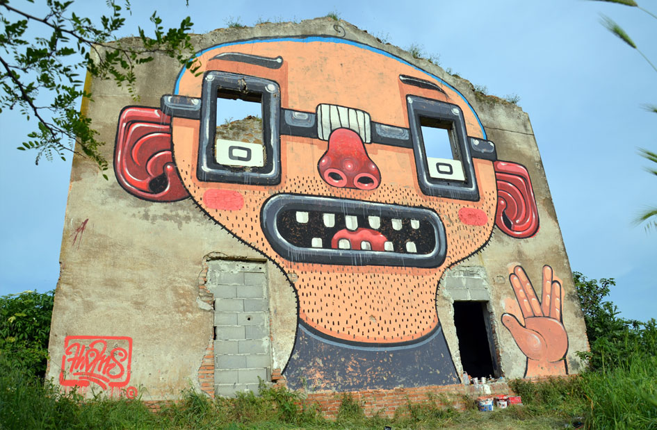 ~ By Mr. THOMS ~ Nerd Power - Rome, Italy