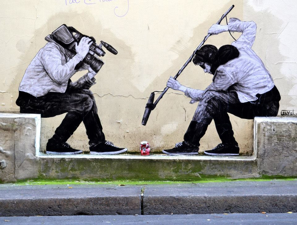 ~ By Levalet ~ Paris - Photo: thisiscolossal.com