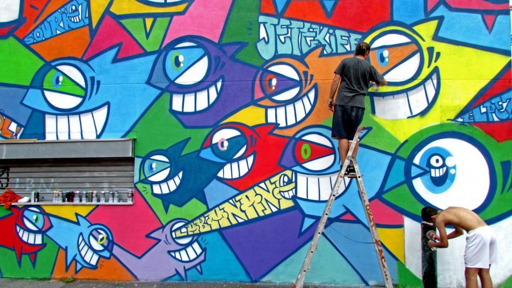 Pez-Street-Art-Paris-2013-Menilmontant
