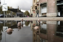 ~ By Isaac Cordal ~ Photo: streetartutopia.com